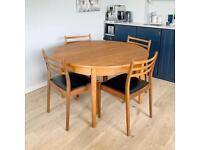 Mid century extending teak table by Dalescraft