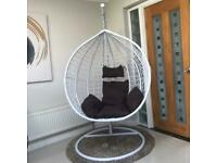 Single hanging egg chair white complete indoor or outdoor