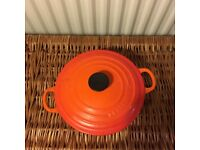 Le Creuset Classic Cast Iron Round Casserole, Stock Pot 20 cm - Volcanic