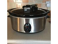 slow cooker 5 ltr as new