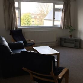 CHISWICK 2 BEDROOM SELF CONTAINED FURNISHED FLAT.