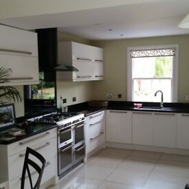 2 double bedrooms to rent in lovely Halstead houseshare