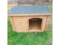 Dog kennel/house