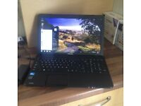 LOOK Toshiba Windows 7 Laptop in Perfect working order