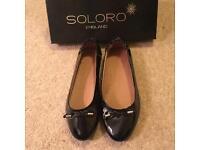Ladies Size 6.5 Brand New Soloro Black Patent Shoes