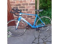 Giant Road bike , never been used, perfect condition, ML frame size