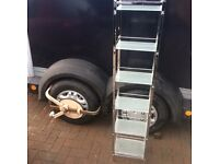 Stainless and glass shelf tower unit