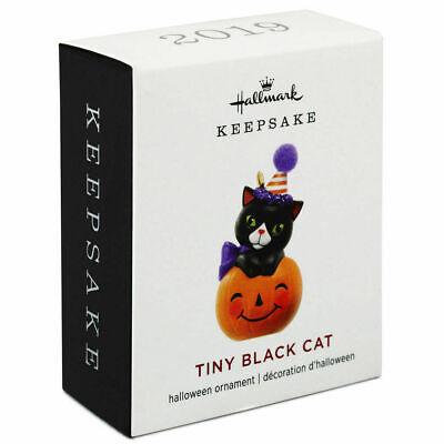 Hallmark 2019 Tiny Black Cat Mini Halloween Ornament NIB
