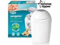 Tommee Tippee Sangenic Nappy Bin with 3x NEW refills excellent condition