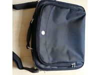 Dell Laptop bag - 13 to 15.4 size laptops