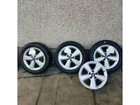 """Ford focus 16"""" alloys"""