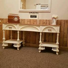 Lovely console/ dressing table