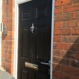 3 ROOMS TO RENT/ NEWLY REFURBISHED