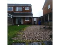 3 Bedroom house semi-detached stunning spacious tidy beautiful location - short let £700pcm