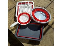 Collection of washing up folding gear .