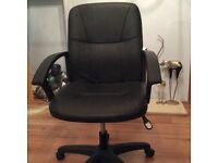 Office chair or chair for any desk, excellent condition,