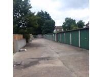 Garages to rent: Lakehall Road, Thornton Heath - ideal for storage