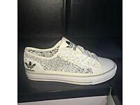 Brandnew Ladies Adidas