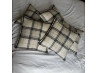 5 brand new cushions, blue/grey checked pattern, 40cm x 40cm
