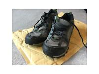 Columbia hiking climbing trail shoes size 5.5 good used condition