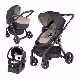 EX DISPLAY CHICCO URBAN PLUS COMPLETE TRAVEL SYSTEM IN DUNE BEIGE - AUTHORISED STOCKIST - NW9 8UA
