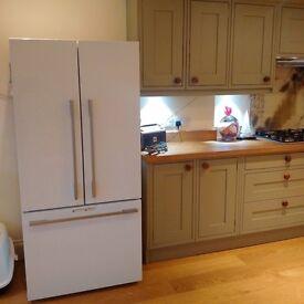 Fischer Paykel large white fridge freezer, good as new, 4 years warranty