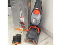 VAX VRS6W Carpet Cleaner + Cleaning Solution