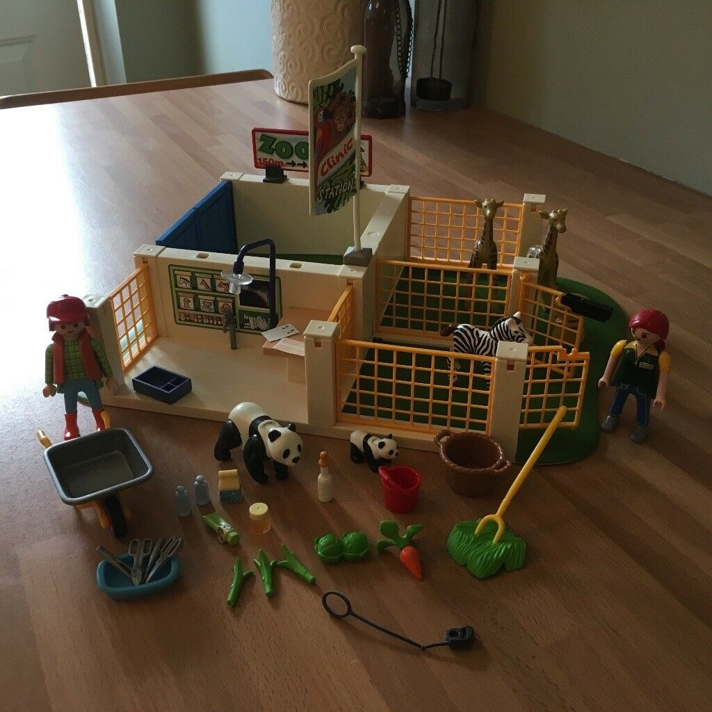 Playmobil zoo clinic
