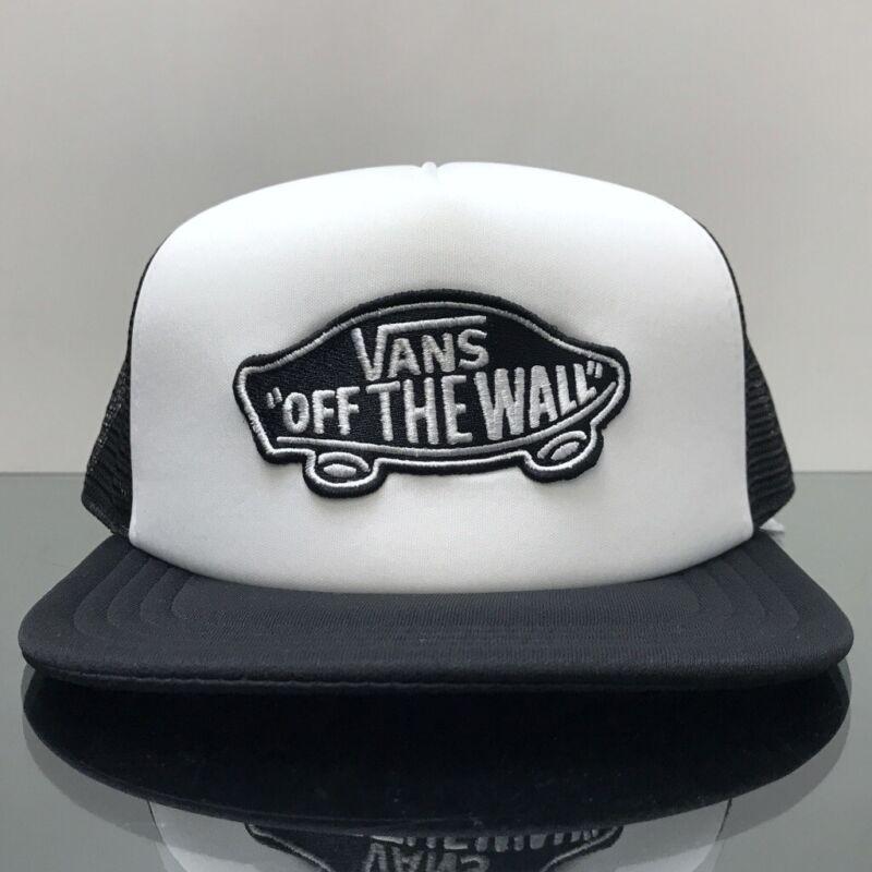 4914ca456e Dettagli su VANS Classic Patch Trucker Hat Cappellino Bianco Nero (Taglia  unica)- mostra il titolo originale