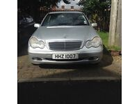 Amazing condition mercedes c180 for sale