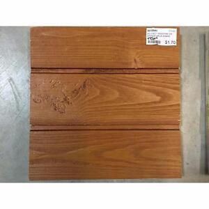 Revêtement extérieur en bois embouveté moderne - Brun ambré
