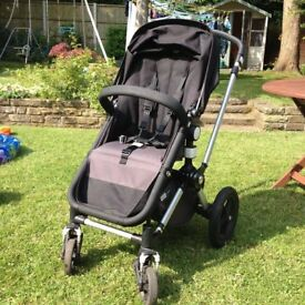Bugaboo Chameleon Black/Grey includes raincover and carrycot fabric