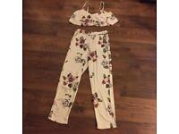 New no tags size 8/10 2 piece outfit