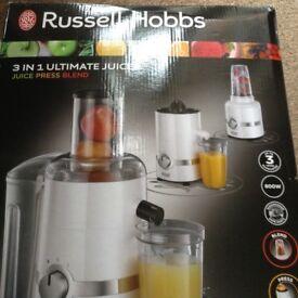 RUSSELL HOBBS 3 in 1 ultimate juicer