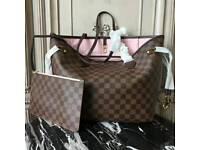 Louis Vuitton Handbag & Purse