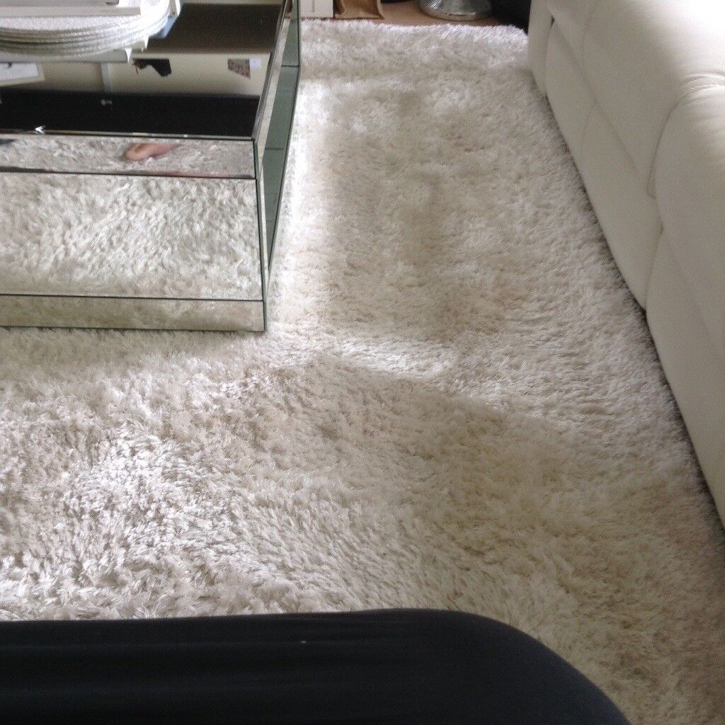 Light Cream Indulgence Rug