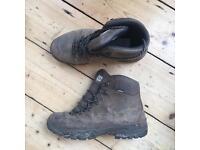 Scarpa Hiking Boots 9