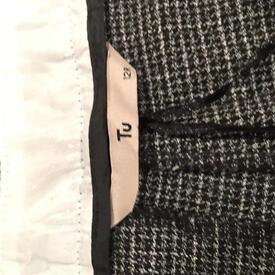 TU cigarette legged trousers