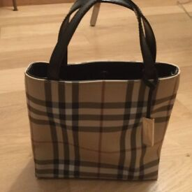 Small Burberry tote bag