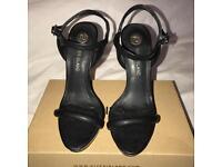 Black River Island heels size 5