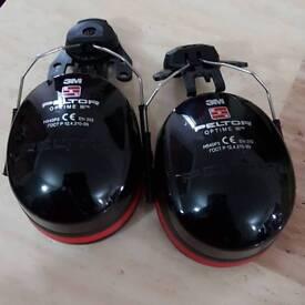 3M PELTOR OPTIME III Earmuffs *BRAND NEW NEVER USED*