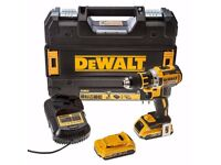 dewalt drill with two batteries unwanted gift in case with charger as new