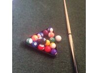1-15 pool balls not full size n cue
