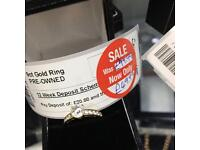 9ct Gold cubic zirconia ring engagement ring