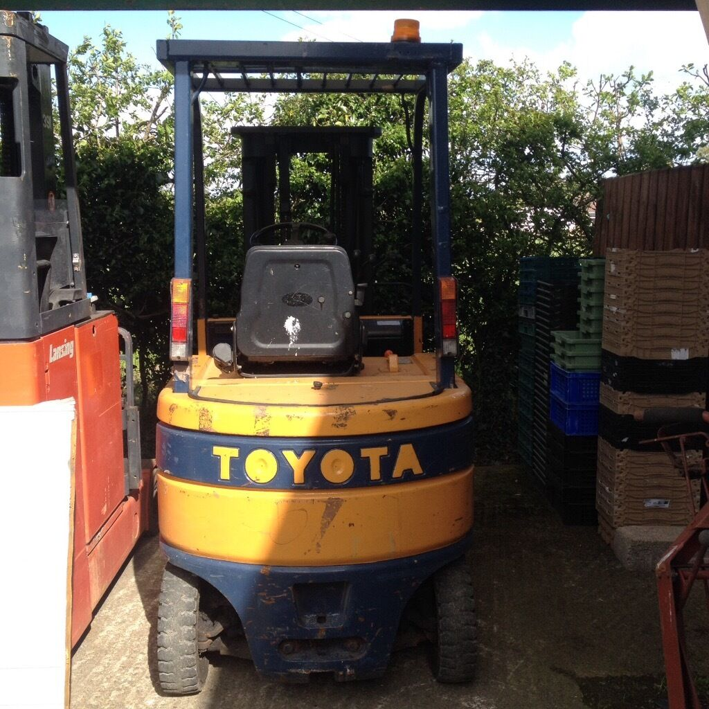 Digger Plant Tractor Equipment For Sale Gumtree