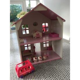 Hello Kitty wooden dolls house