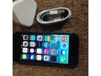 Apple iPhone 5 16gb UNLOCKED