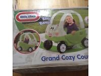 LITTLE TIKES GRAND COZY COUPE SIT IN CAR. BARGAIN PRICE. NEW IN BOX. GREEN/WHITE STURDY CAR