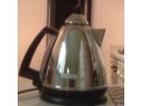 De Longhi Argento KBX3016 Electric Kettle in excellent condition £12 for quick sale