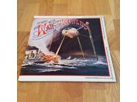 The War of the Worlds - Jeff Wayne's Musical Version - 2 Vinyl Record Set RARE Sci-Fi Collectors LP